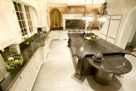 Saxony Kitchen